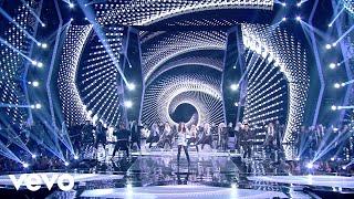 Baixar Hailee Steinfeld - Love Myself (Live at Indonesian Choice Awards 2018 NET 5.0)