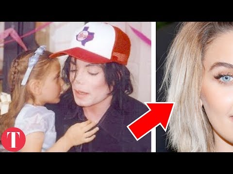10 Celebrity Daughters Who Grew Up To Be BEAUTIFUL