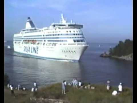 Suomenlinna Silja ,Viking and  Finnjet summer 1994 the biggest ferry in the world