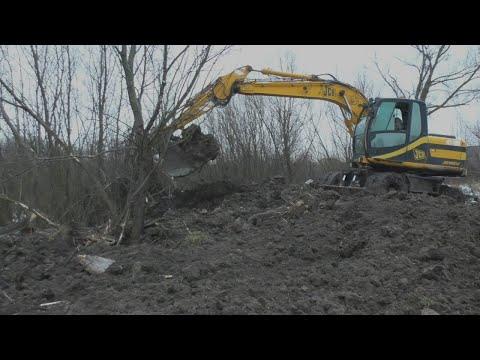 Очистка деревенского пруда - Школьный пруд, часть 2