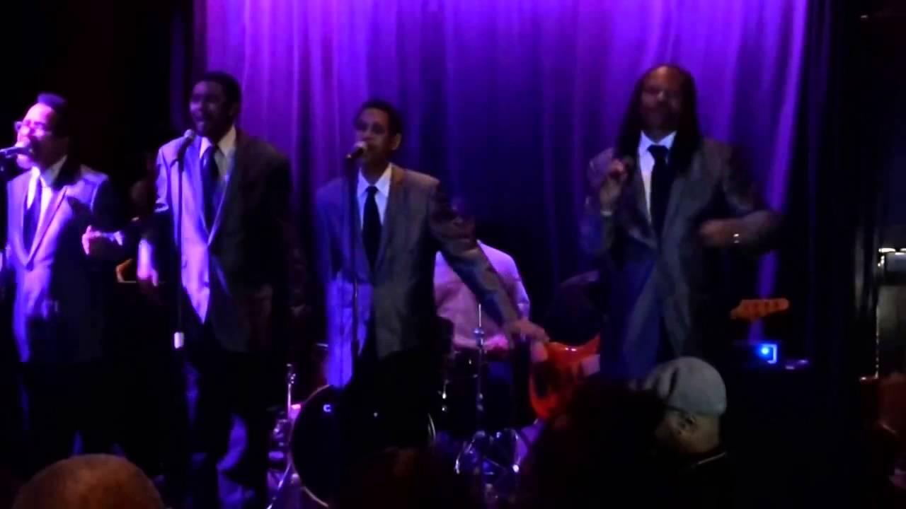 Ooh Baby, Baby (c) 1965 Motown Record Co - YouTube