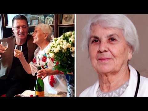 90-летняя мама знаменитого доктора Мясникова: «Мою полы руками и радуюсь каждому дню!»