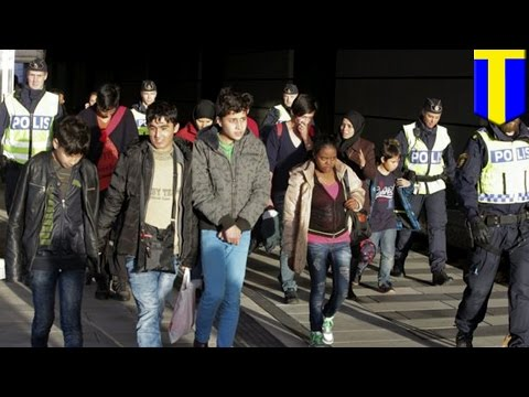 Migrants crisis: Sweden plans to expel from 60,000 to 80,000 migrants - TomoNews