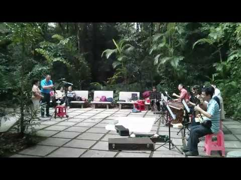 Folk music at Yuexiu Park, Guangzhou