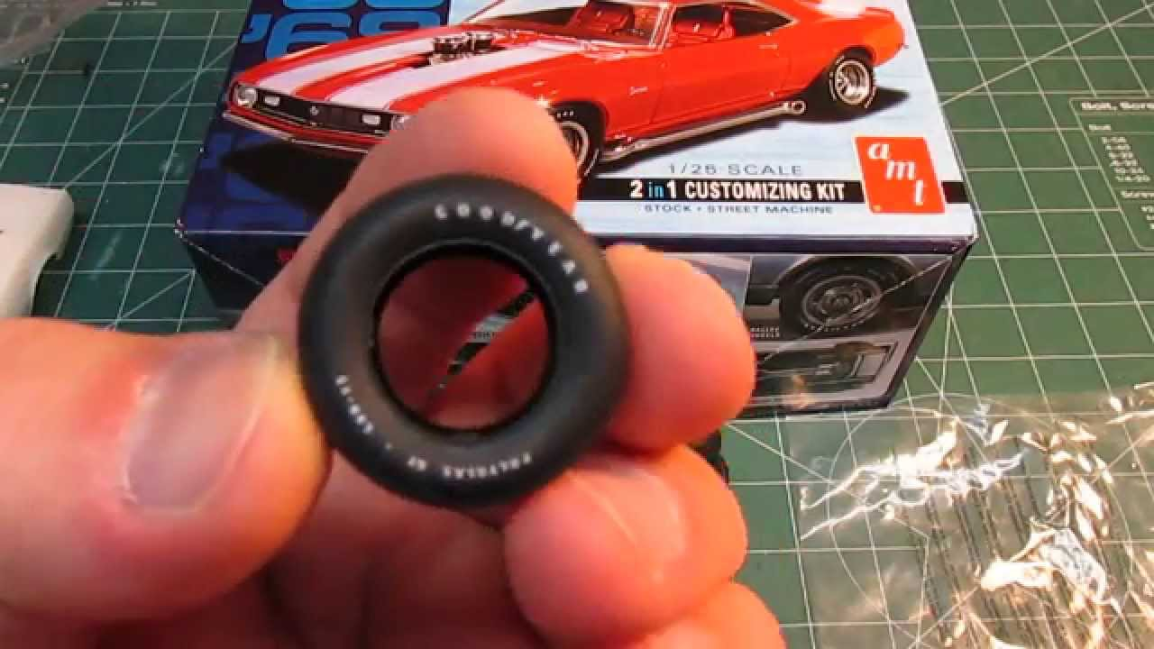 AMT '68 Camaro Z28 Model Kit Open Box Review - YouTube