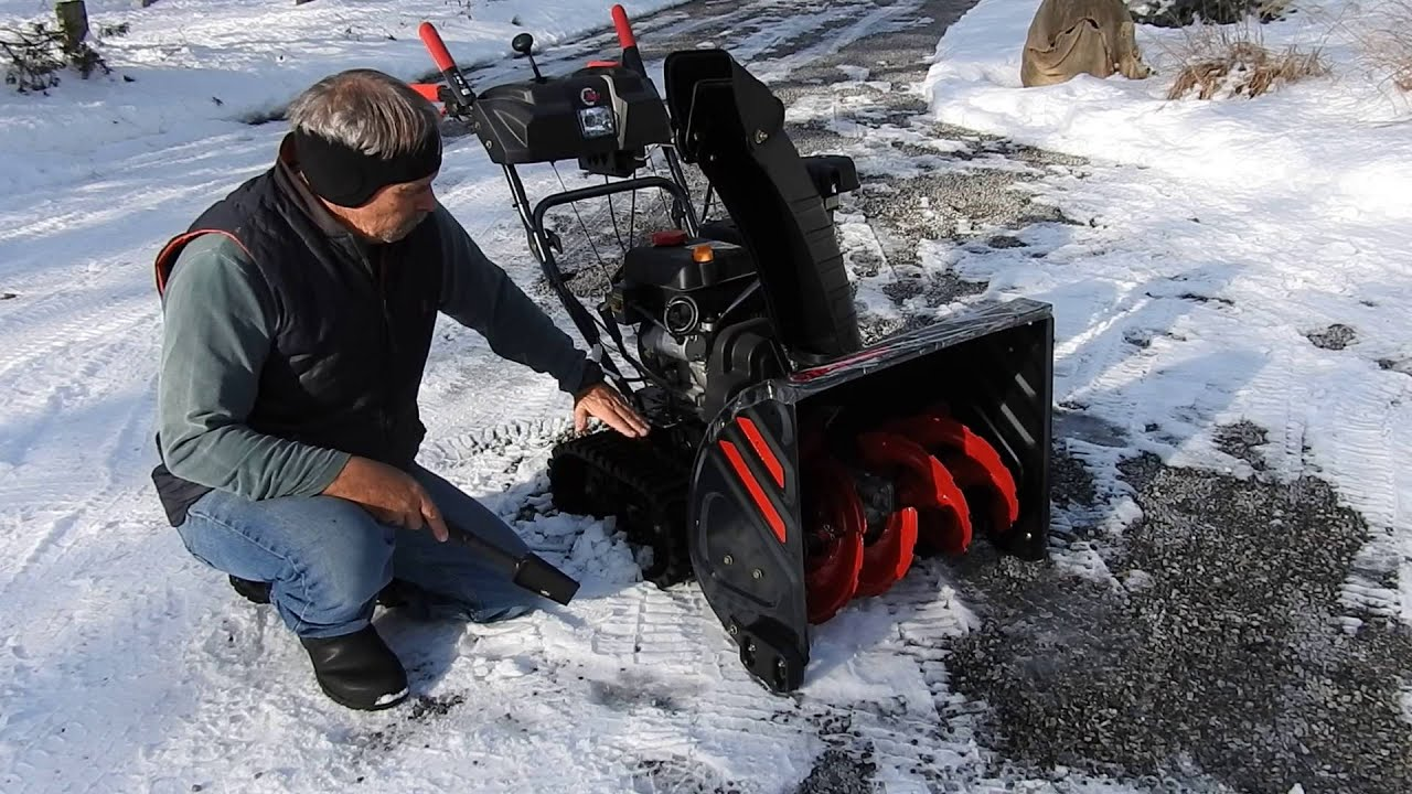 Snowblower On A Gravel Driveway Youtube