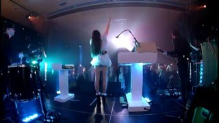 Скачать Allie X 48H ALLIE X Live At The Phi Centre