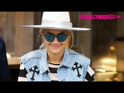 Rita Ora Goes Shopping With Friends On Rodeo Drive In Beverly Hills 1.19.16 - TheHollywoodFix.com