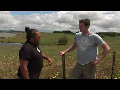 Dan Snow learns about Maori history