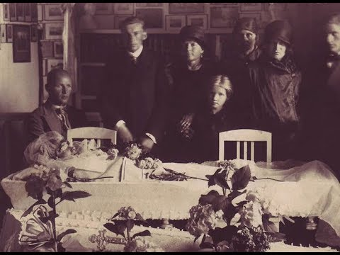 THE HISTORY OF VICTORIAN MEMENTO MORI (POST MORTEM PHOTOGRAPHY)