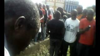 MAD MAN HEALED AT AGUNGI, LEKKI EPE EXPRESSWAY, LAGOS NIGERIA BY PASTOR ENAHORO 08035730503.
