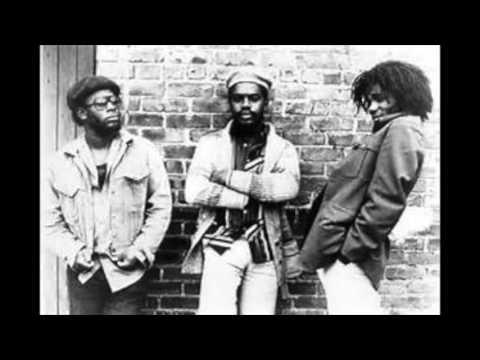 The Mighty Diamonds: Ebony and Ivory (Reggae)