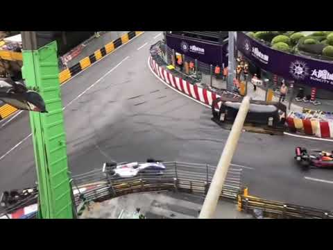 Macau GP 2018 Formula 3 CRASH Sophia Floersch