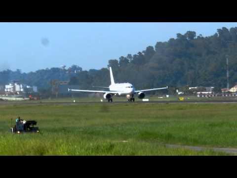 Prime Minister of Malaysia take off Kota Kinabalu