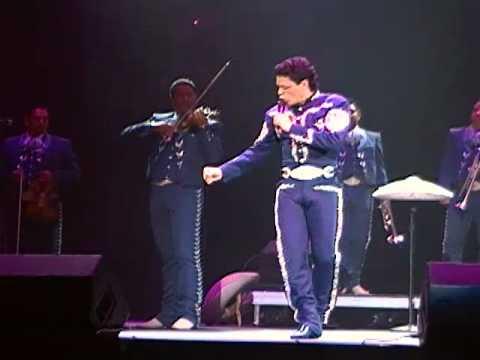 Pedro Fernandez (Solo Tu) in concert nashville TN 11-27-10