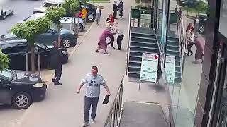 Drunk man attacked two women on the street