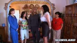 Dressing For Sex cess  » Arianna Sinn, Sophie Mae, Valory Irene