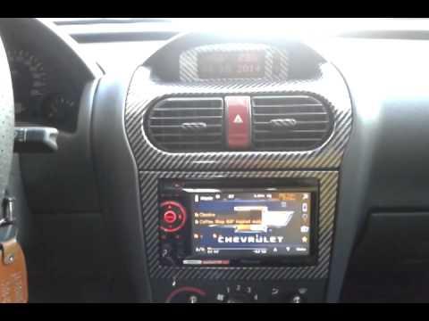 corsa-sedan-com-dvd-pioneer,-amplificadores-jbl,-caixa-dutada-e-kit-3-vias-video-ii