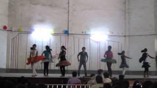 Bezubaan dance video in our school Sudhir Memorial Institute.