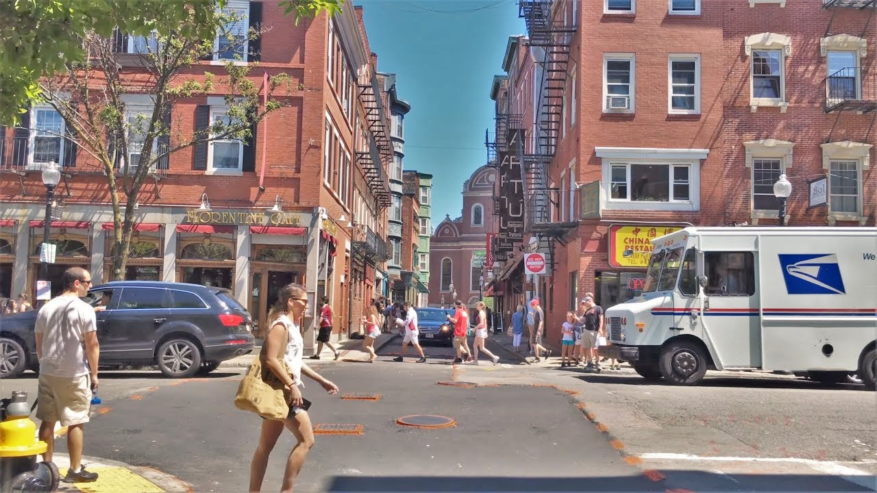 Driving Downtown 4K - Boston's North End - USA