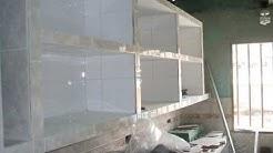 Construcción de cocina empotrada en concreto y ceramica