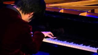 Nobuyuki Tsujii: Elegy for the victims of the earthquake and tsunami