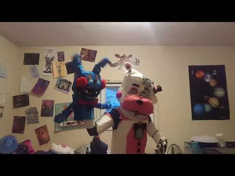 Funtime Freddy Cosplay: Enjoy the Show