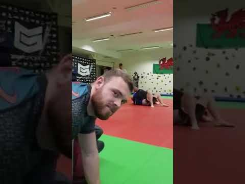Anthony Davies grip grapple Sep 2017