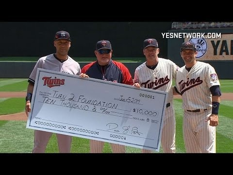 Twins honor Jeter with special ceremony