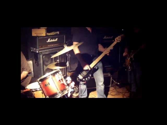 THE ROCKABONES - LIVE 02.06.2012 - JEKYLL & HYDE - LÜNEBURG - Song: THE TIES THAT BIND