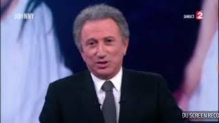 Michel Drucker pleure la mort de Johnny Hallyday  en direct