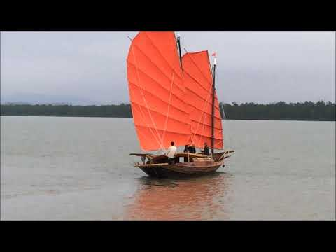 Early Sail in Quang Yen