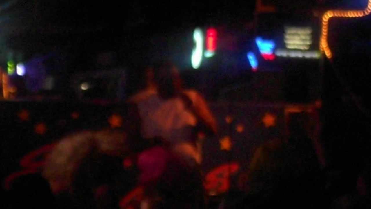 Felton Singing At Sweet Dreams Karaoke Bar In Panama City Beach You