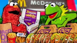 Kermit The Frog and Elmo Buy $1,000 of McDonalds & Taco Bell Food! (Drive Thru)
