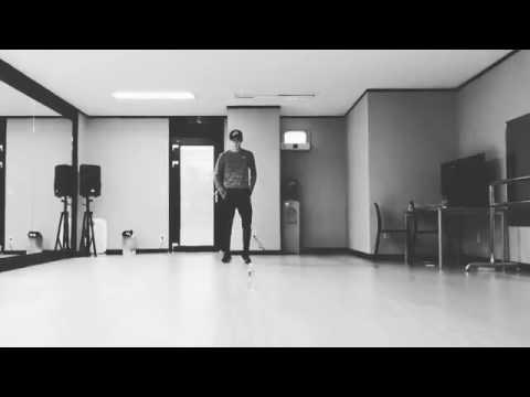 170224 Sehun Rehearsal Solo Dance for Gaon Music Chart Award