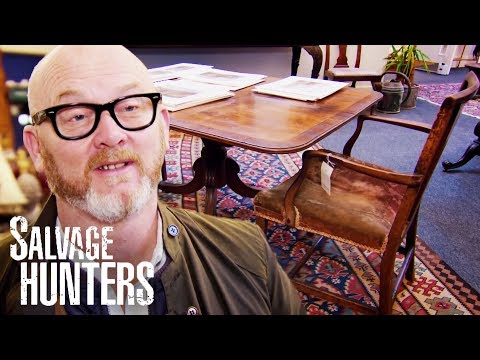 Bidding On Fantastic Bargains At A Country House Furniture Auction | Salvage Hunters