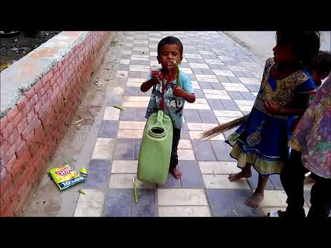 Amazing talent ,  Delhi's 6 Years slum kid  play dhol