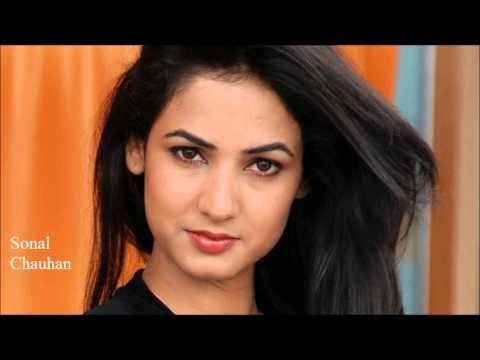 Top 30 Most beautiful Indian women