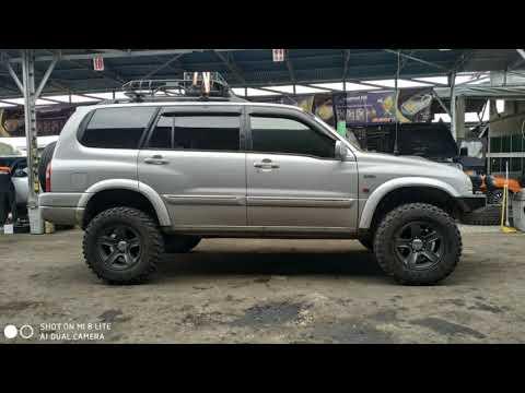 Grand Escudo XL7 Tahun 2005