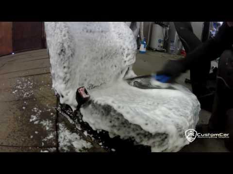Как делают химчистку салона автомобиля