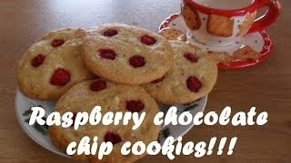 Raspberry Chocolate Chip Cookies!