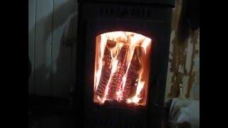 видео Печь-камин Бавария с плитой и теплообменником