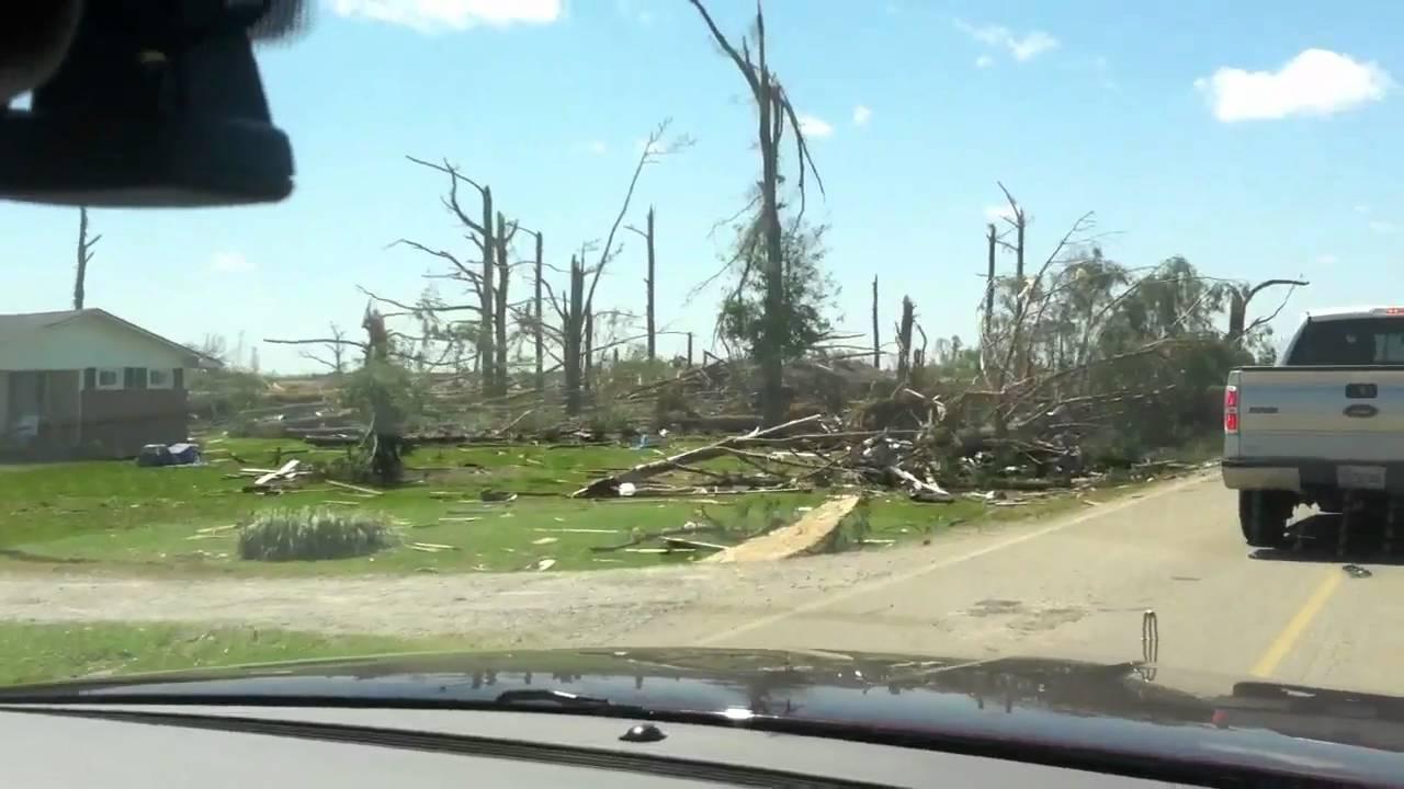 Alabama limestone county capshaw - Tornado Damage From East Limestone Athens Alabama On Capshaw Road Youtube