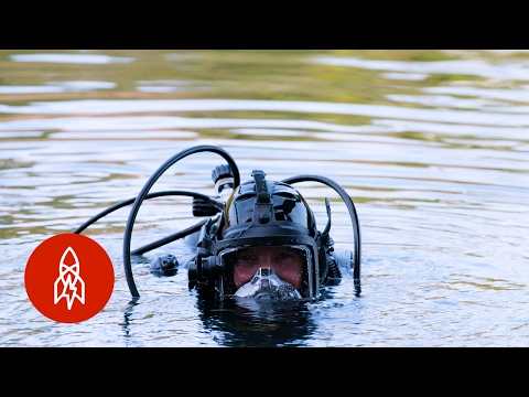The Life of an Underwater Criminal Investigator
