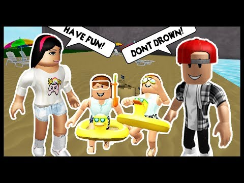 OUR FIRST FAMILY VACATION WITH THE TWINS! - Roblox