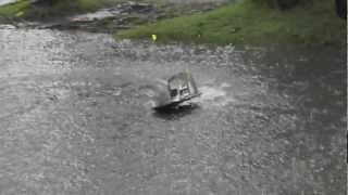 Alligator (street boat)
