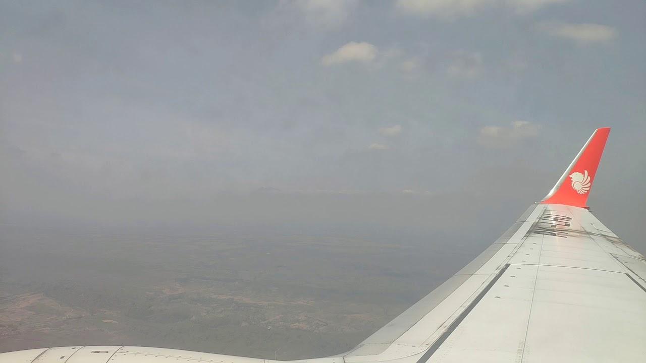 Persiapan Landing di Juanda International Airport Surabaya, dari Lombok