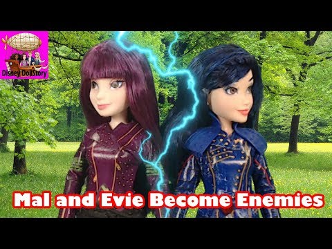 Mal and Evie Become Enemies - Part 24 - Descendants Star Darlings Disney