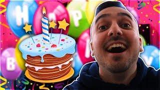 לייב יום הולדת!  החיים מוזרים - פרק 2! 🤳🏻