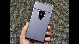 Sirin Labs Finney unboxing: a crypto phone with a cold storage wallet!